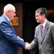 河野外務大臣とカウダー・ドイツ連邦議会議員との昼食会1