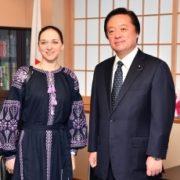 フィリピエワ「キエフ・バレエ」ソリストの若宮外務副大臣表敬