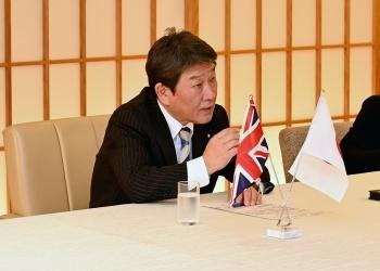 茂木外務大臣とトラス英国国際貿易大臣とのテレビ会談2