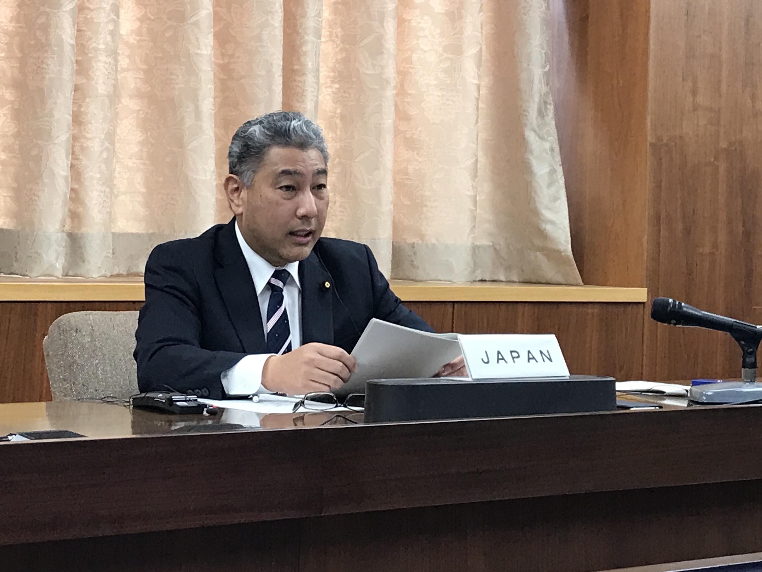熊野大臣政務官(正面)