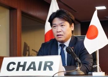 鷲尾外務副大臣発言